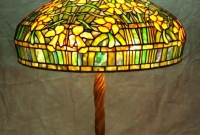 Lamp of the Week: 20″ Daffodil Turban Shade on Twisted Vine Base