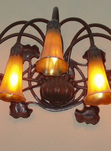 7 Light Lily Wall Sconce