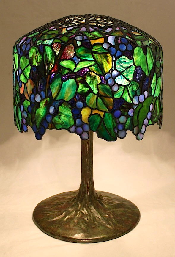 18″ Grape Lamp