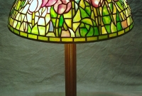 Lamp of the Week: 16″ Tulip Field
