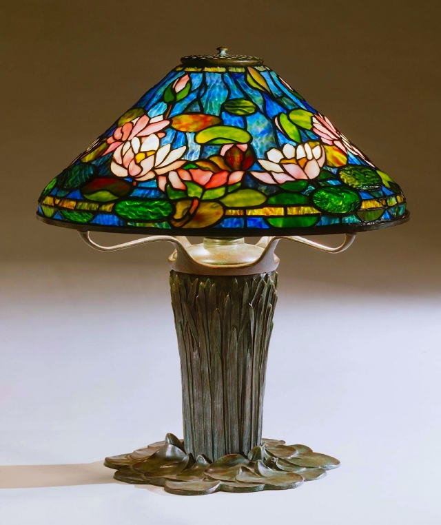 Lamp of the Week: 20″ Waterlily