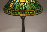 Lamp of the Week: 14″ Daffodil