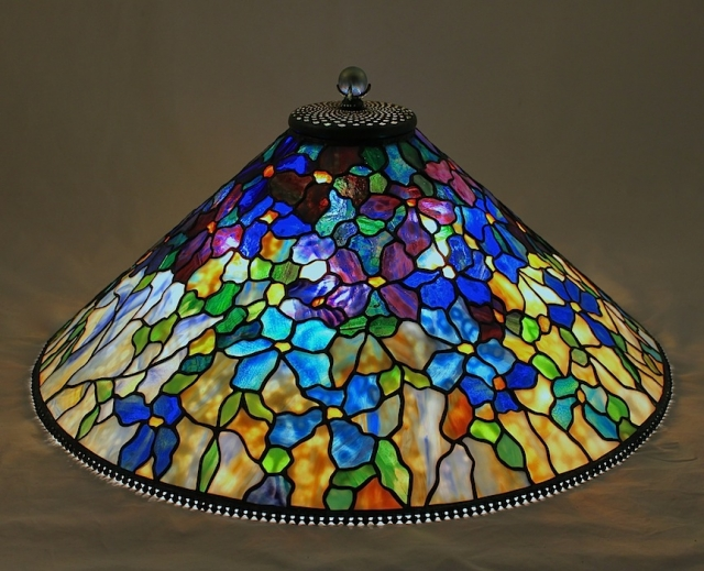 Lamp of the Week: 28″ Clematis