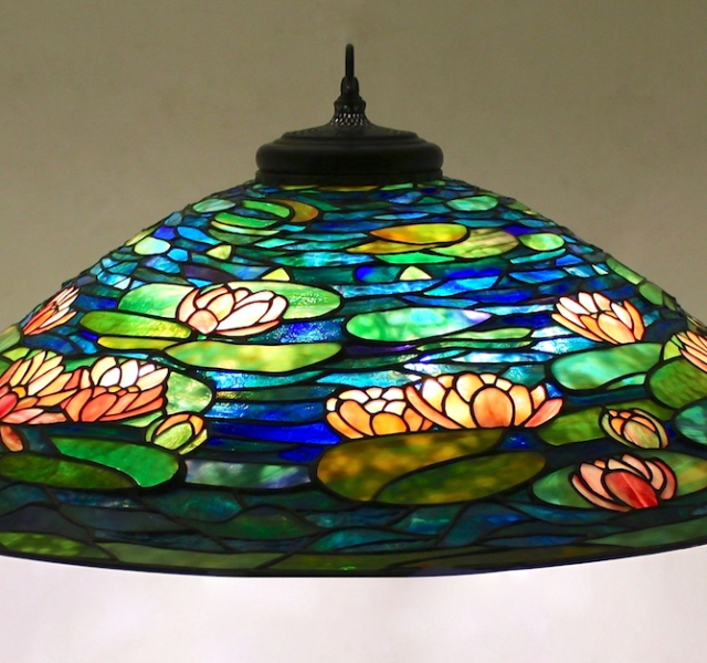 Lamp of the Week – 36″ Pond Lily