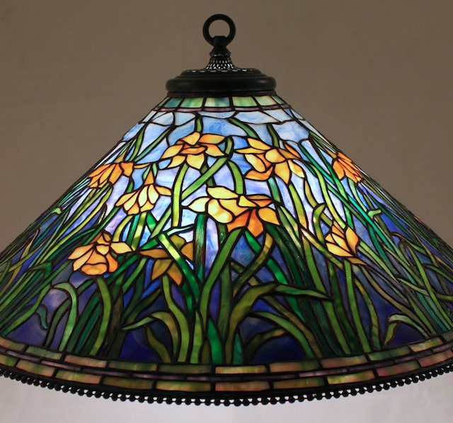 Lamp of the Week: 28″ Daffodil